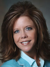 Kelly Novotny of Union Bank Headshot