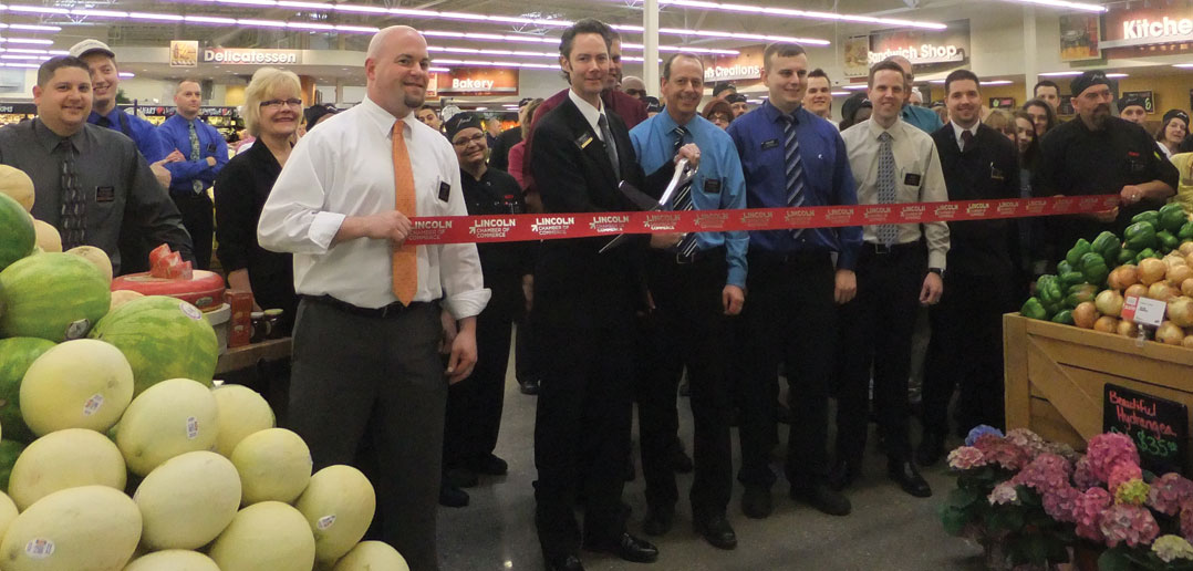 Superior Hy Vee Completes Store Remodel Hosts Grand