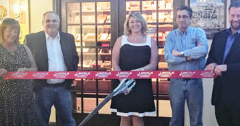 Cigarz Lounge Ribbon Cutting