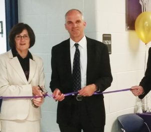 Southeast Community College Ribbon Cutting Photo