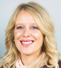 Vickie Weiss - Union Bank & Trust - Headshot